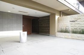 下北沢駅 徒歩5分駐車場