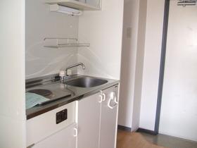https://image.rentersnet.jp/50f62d88-8535-42c1-9292-29f9c56d547c_property_picture_958_large.jpg_cap_キッチン