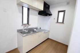 https://image.rentersnet.jp/515b1f10-f0ad-45e1-b4ac-b43954b05431_property_picture_958_large.jpg_cap_キッチン