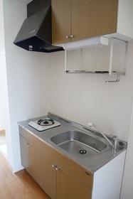 https://image.rentersnet.jp/516784ec-0690-442e-b7f2-b99346b3acfc_property_picture_2419_large.jpg_cap_キッチン
