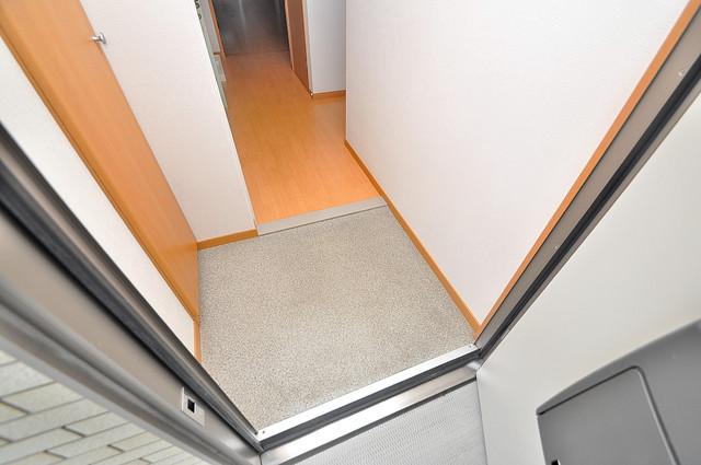 アリエッタ西堤 お部屋の入口には何も置かず、シンプルが一番ですね。