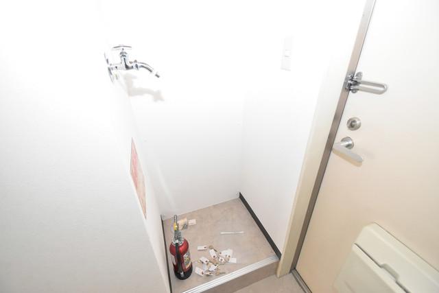シティーコア高井田Ⅰ 嬉しい室内洗濯機置場は脱衣場も兼ねています。