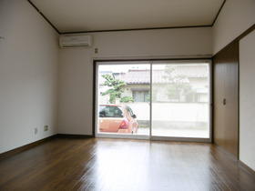 https://image.rentersnet.jp/51c1de4800e6e53234f77b061b45682f_property_picture_1991_large.jpg_cap_居室
