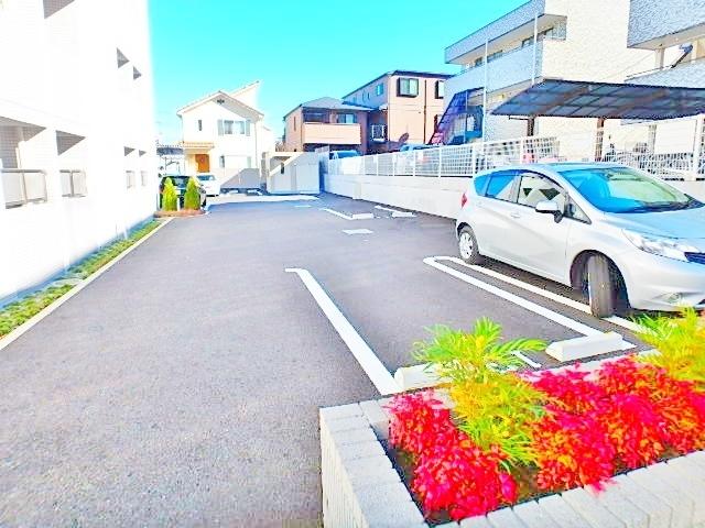 M's(エムズ)駐車場