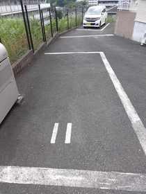 グリーンヒル善部駐車場