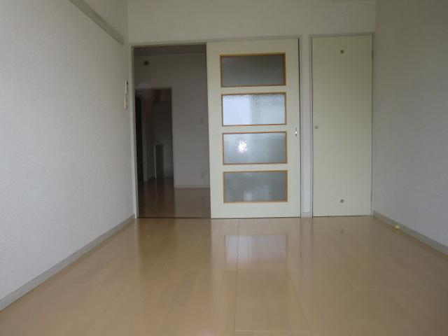 シャトーサンハイム居室