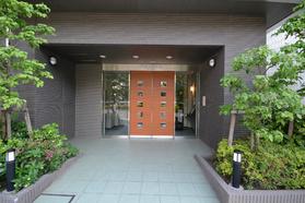 恵比寿駅 徒歩7分エントランス