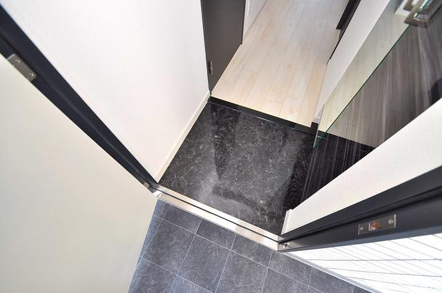 Forest Grace 深江橋Ⅱ 玄関から部屋が見えないので急な来客でも安心です。