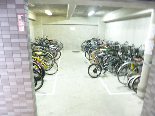 スカイコート日本橋浜町駐車場