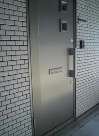 西ヶ原駅 徒歩4分エントランス