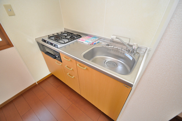 サンハイツ横沼 ピカピカのキッチンはお料理の時間が楽しくなりますね。
