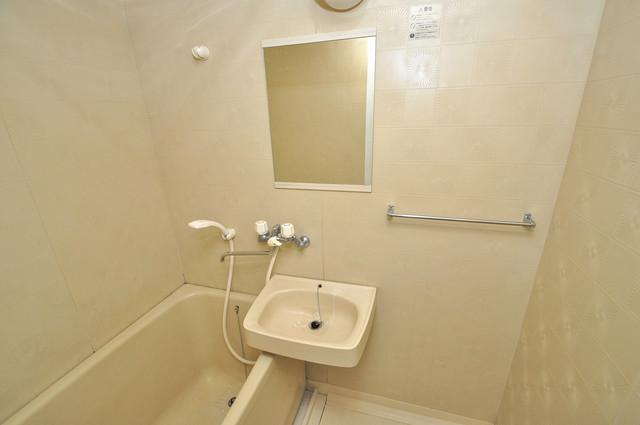 シャトル新深江 可愛いいサイズの洗面台ですが、機能性はすごいんですよ。