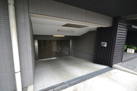 若林駅 徒歩7分駐車場