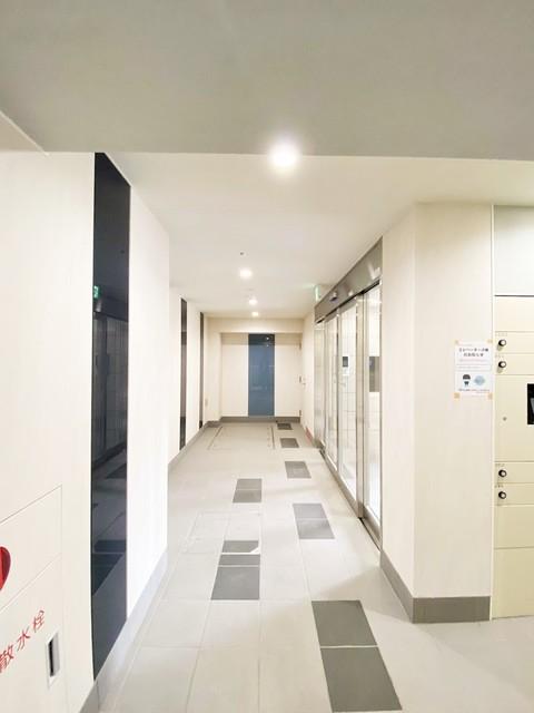 URBANAGE新横浜エントランス
