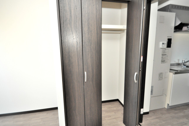 みおつくし布施 もちろん収納スペースも確保。いたれりつくせりのお部屋です。