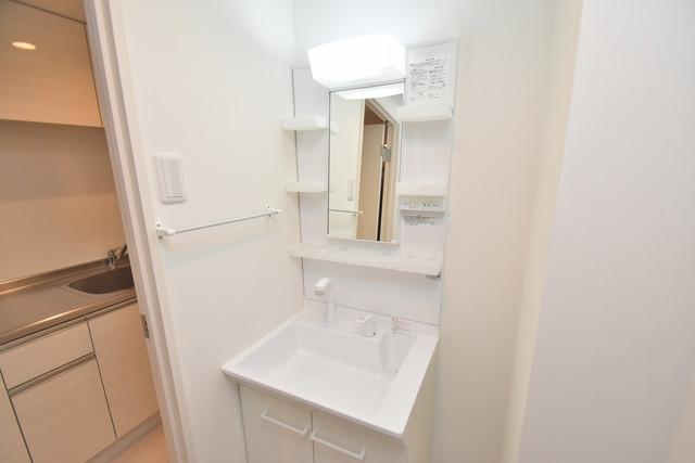 リブリ・布施 人気の独立洗面所はゆったりと余裕のある広さです。