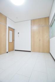 プティーコーポ 105号室