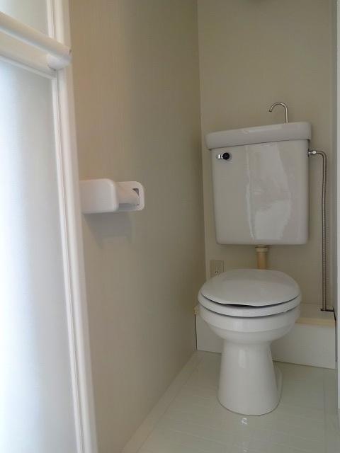 マーサ藤棚トイレ