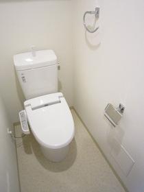 https://image.rentersnet.jp/543ee6c0-ac61-4db8-ac14-dda5654f5dcd_property_picture_2987_large.jpg_cap_トイレ