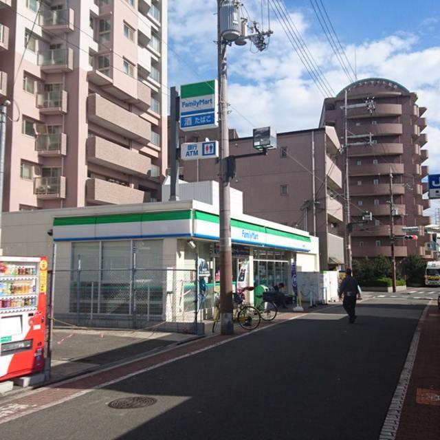 ファミリーマート加島駅東口店