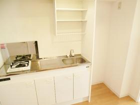 キッチンは嬉しいコンロ付きです。