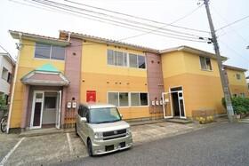 https://image.rentersnet.jp/54a43766-e99b-4aca-8461-f37a3dc41491_property_picture_956_large.jpg_cap_外観