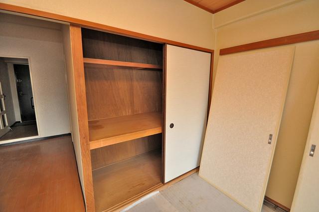 ラ・フォーレ西堤 各部屋に収納があるので、お荷物が多い方も安心ですね。