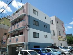 ユニテック九品寺RC造の4階建てマンションです☆