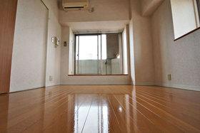ダイナコートエスタディオミューズ : 6階居室
