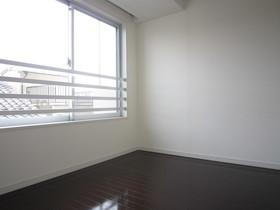 https://image.rentersnet.jp/55b1cc10-be47-4a07-b6b3-ab911d199b7d_property_picture_961_large.jpg_cap_居室