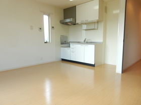 https://image.rentersnet.jp/55b22075-c1f3-49b9-a8dc-e34812c691e9_property_picture_953_large.jpg_cap_居室