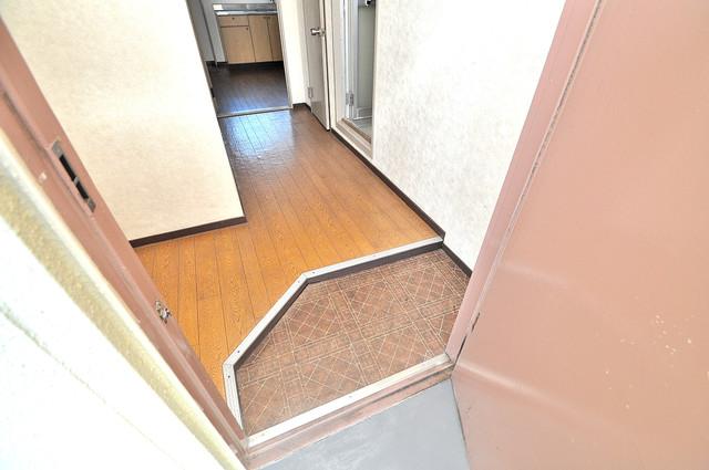 中村マンション ゆったりとした玄関。ご家族が多くても心配いりませんね。