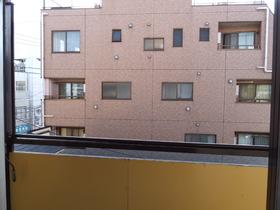 喜作マンション 305号室