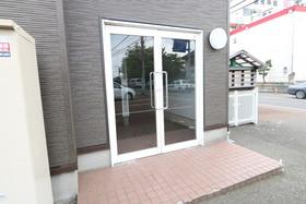 https://image.rentersnet.jp/568fa141-0098-45f6-8c51-c41dc527577f_property_picture_957_large.jpg_cap_エントランス