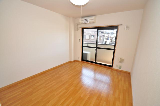 シムリーミナⅡ 明るいお部屋はゆったりとしていて、心地よい空間です