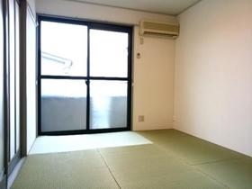 https://image.rentersnet.jp/5710c148-5202-413f-aee3-357e904ddf3f_property_picture_9494_large.jpg_cap_居室