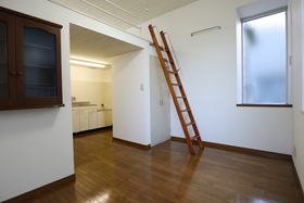 https://image.rentersnet.jp/5722b161-3555-4a32-93e5-8fce397209aa_property_picture_955_large.jpg_cap_居室