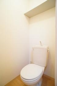 グリュンハイム 102号室