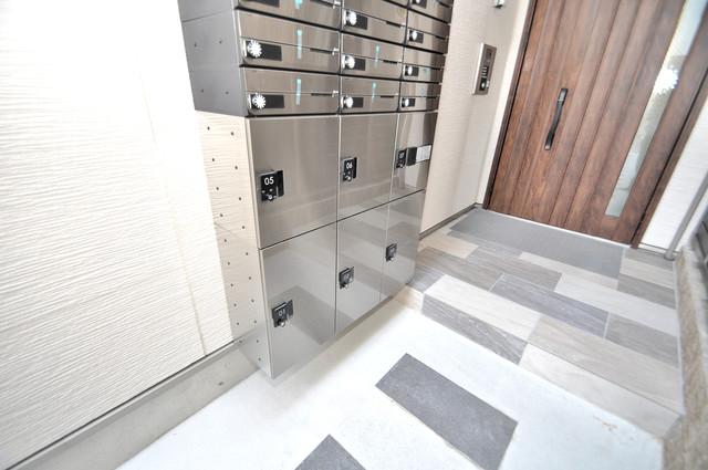 ラモーナ巽北Ⅱ 宅配ボックスがあると大変便利ですね。