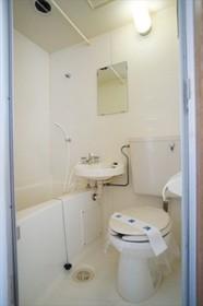 バス・トイレは同室になります。
