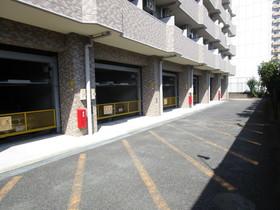 ライオンズプラザ海老名駐車場