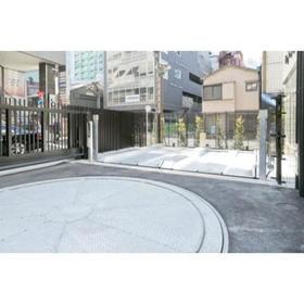 パークアクシス赤坂見附駐車場
