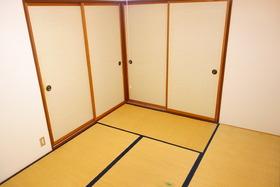 https://image.rentersnet.jp/586247c7-7608-453f-b4e5-1fb718ad0a46_property_picture_1992_large.jpg_cap_居室