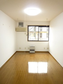 https://image.rentersnet.jp/58aab2ff53a87fe697c4cb7db1a14f22_property_picture_3186_large.jpg_cap_居室