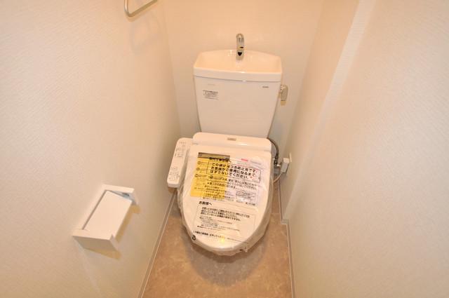 グランマーレ小路駅前 キレイに清掃されたトイレは清潔感があり気分もよくなります。