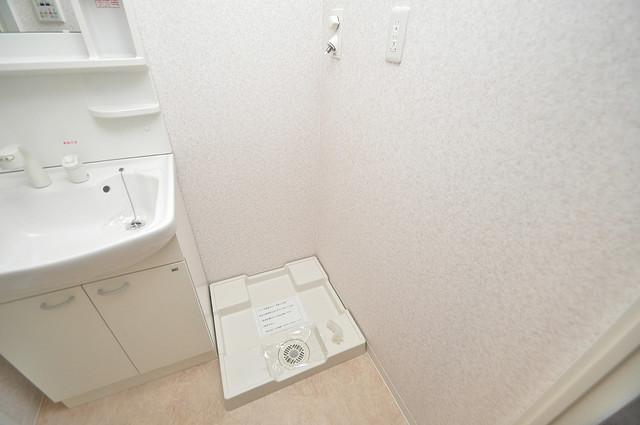 CASSIA高井田SouthCourt 室内洗濯機置場だと終了音が聞こえて干し忘れを防げますね。