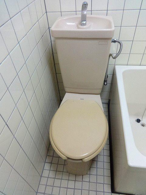 内山アパートトイレ