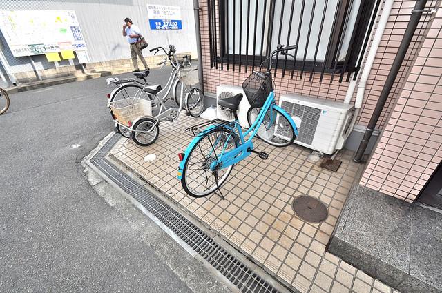 ハイツJUN 駐輪場が敷地内にあります。愛車を安心して置いておけますね。