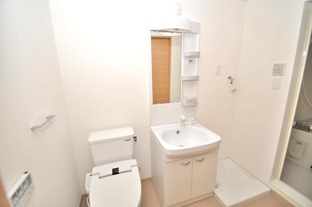 F maison MARE(エフメゾンマーレ) 人気の独立洗面所はゆったりと余裕のある広さです。