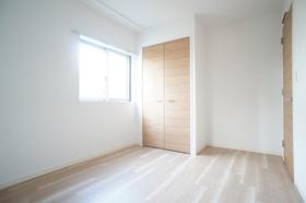 Sakura Hale (小型犬可) 101号室